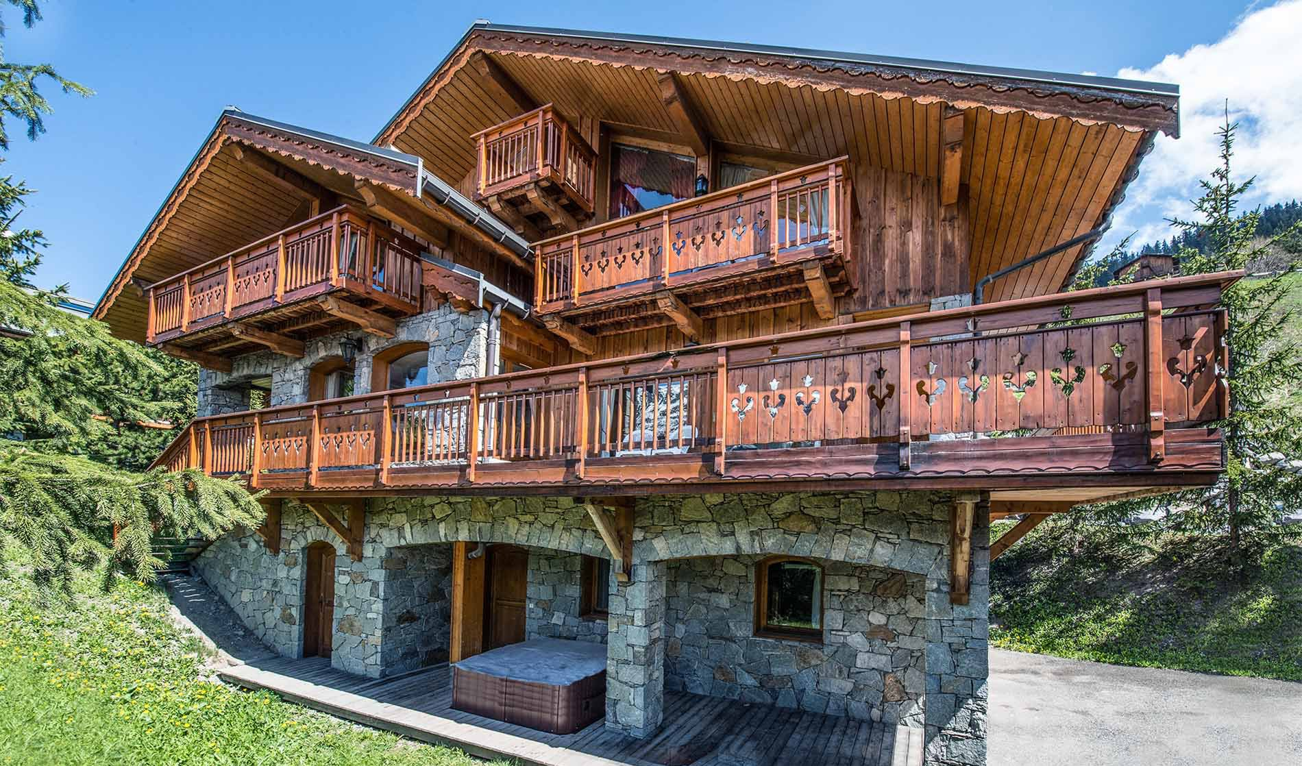 Chalet Phoebe - Fully-Catered Property